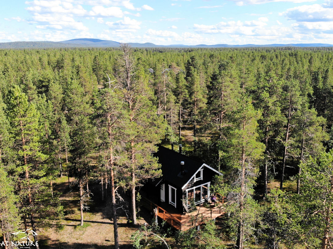 The eco-cabin of AT Nature is near a wilderness area.